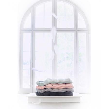 Slika Elodie Details® Zimska Vreča s perjem Marble Grey