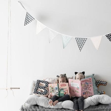 Immagine di Kids Concept® Bandierine decorative Rosa