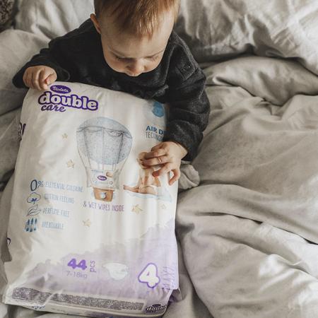 Immagine di Violeta® Pannolini Double Care Cotton Touch Maxi (7-18 kg) 44 pz.+Salviettine umidificate Water Care in omaggio