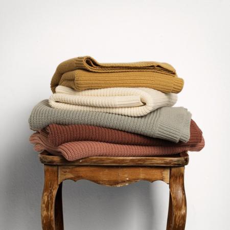Elodie Details® Pletena volnena odejica Vanilla White 70x100