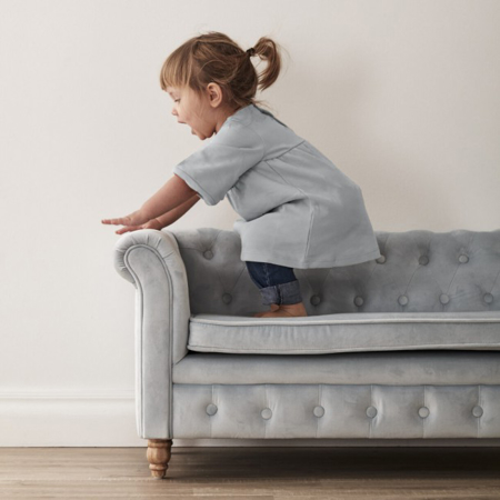 Immagine di Kids Concept® Divano per bambini Chesterfield Velvet Light Blue