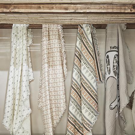 Immagine di Elodie Details® Coperta morbida in cotone  Sandy Stripe
