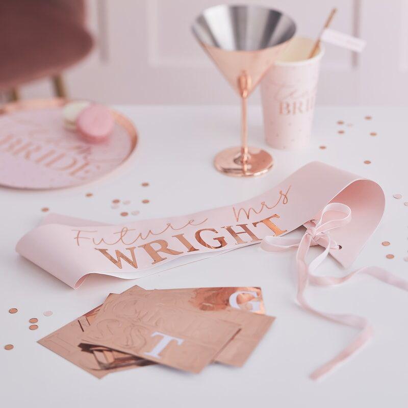 Immagine di Ginger Ray® Cintura nastro personalizzata  Bride To Be