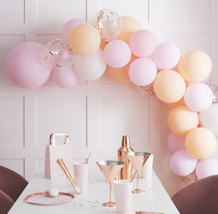 Immagine di Ginger Ray® Arco di palloncini Mat Peach and Pink