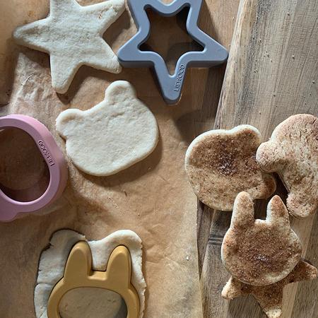 Immagine di Liewood® Set di 6 stampi biscotti Andy Hunter Green Mix