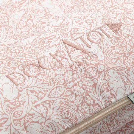 Immagine di DockAtot® Riduttore nido Grand By Morris & Co. Brer Rabbit (9-36m)