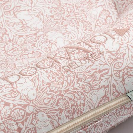 Immagine di DockAtot® Riduttore nido Deluxe+ By Morris & Co. Brer Rabbit (0-8m)