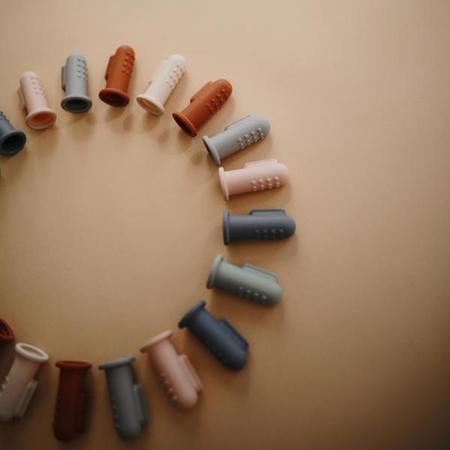 Immagine di Mushie® Spazzolino da denti per il dito Tradewinds/Stone