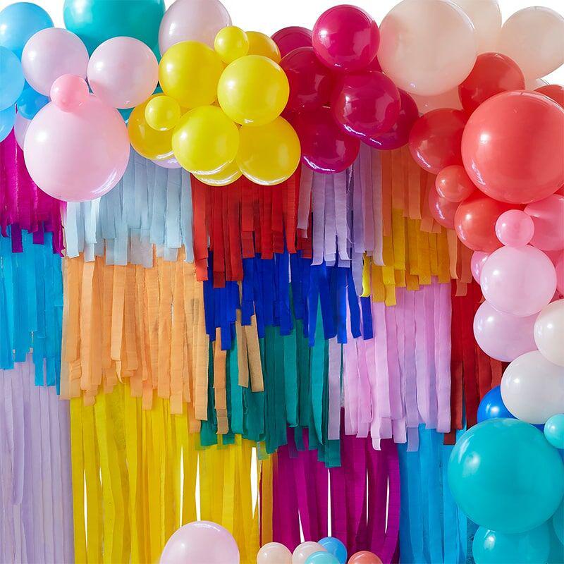 Immagine di Ginger Ray® Sfondo per le fotografia con palloncini e nastri decorativi Mix It Up Brights  Rainbow
