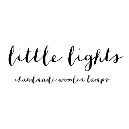 Immagine di Little Lights® Lampada in legno fatta a mano Lion Yellow