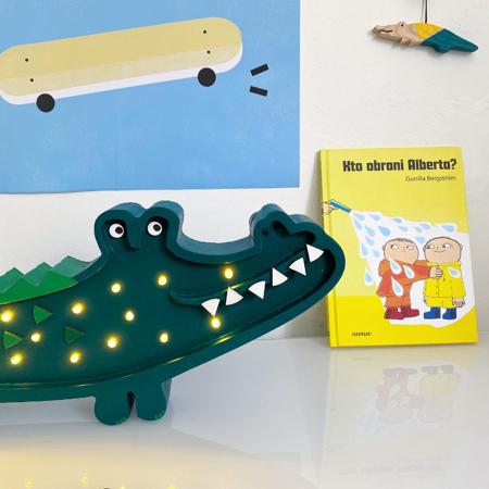 Immagine di Little Lights® Lampada in legno fatta a mano Crocodile Papkin Green