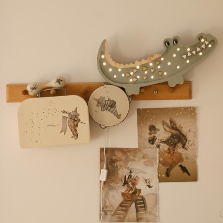 Immagine di Little Lights® Lampada in legno fatta a mano Crocodile Pastel Khaki