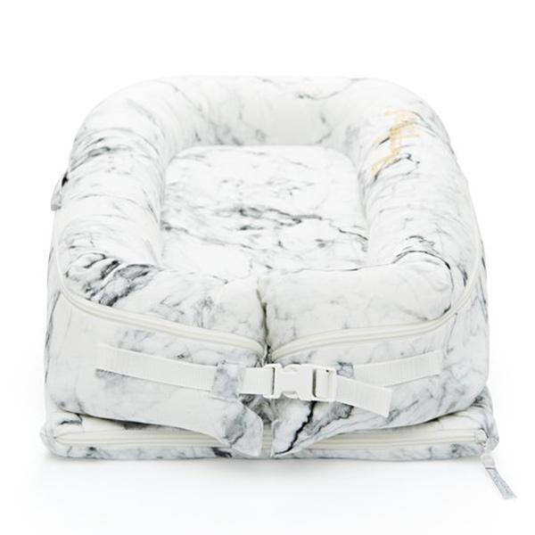 Evitas_Sleepyhead_Carrara_Marble (5)